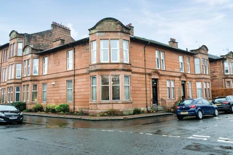 3 bedroom flat for sale - Ravenswood Drive, Flat G/L, Waverley Park, Glasgow, G41 3UN