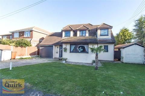 5 bedroom detached house for sale - Komberg Crescent, Canvey Island, Essex, SS8