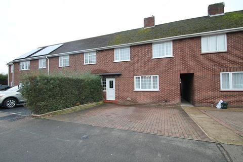 3 bedroom terraced house to rent - Queensland Crescent,, Chelmsford