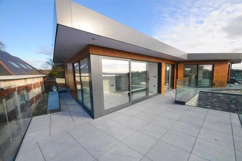 3 bedroom penthouse for sale - Alton Road, Lower Parkstone, Poole, BH14