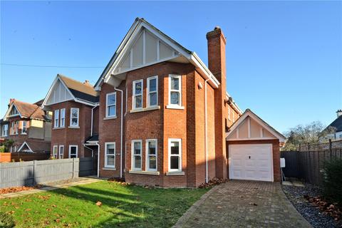 5 bedroom semi-detached house to rent - Cornwall Road, Cheam, Sutton, Surrey, SM2