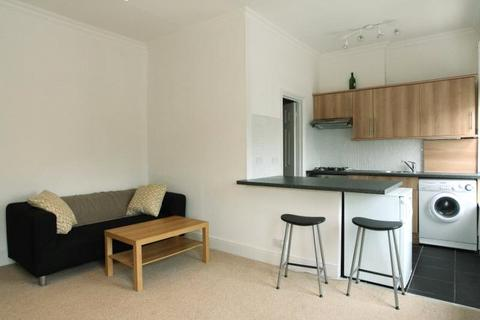 1 bedroom apartment to rent - Clapham Road, London, SW9
