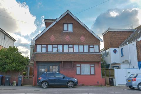 2 bedroom apartment to rent - Brighton Road, Lancing