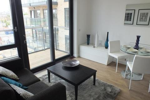 Studio to rent - Casson Apartments, 43 Upper North Street, London, E14
