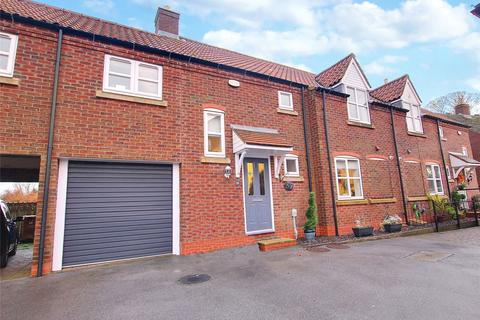 4 bedroom terraced house for sale - All Saints Mews, Preston, East Yorkshire, HU12