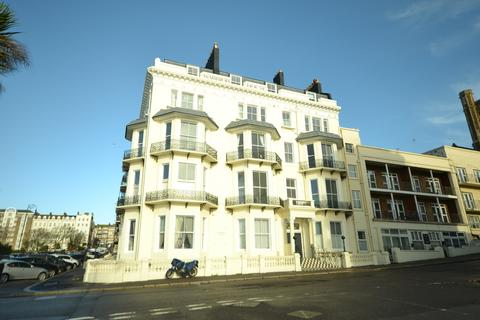 Studio to rent - Warrior House, St. Leonards-on-Sea