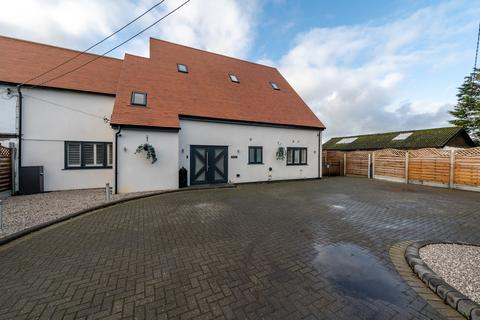 5 bedroom semi-detached house for sale - Mayland, Chelmsford