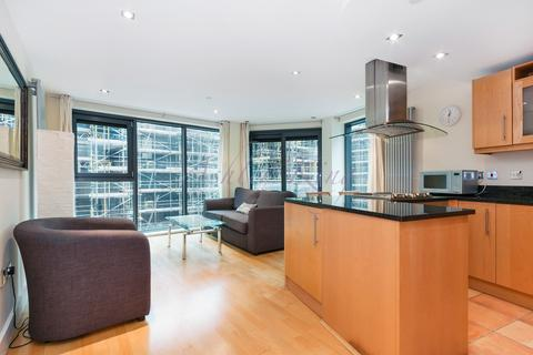 2 bedroom apartment to rent - Millharbour, London