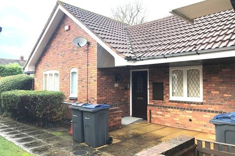 2 bedroom detached bungalow to rent - Checkley Croft, Walmley