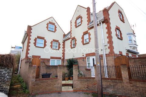 4 bedroom link detached house for sale - Margate Old Town