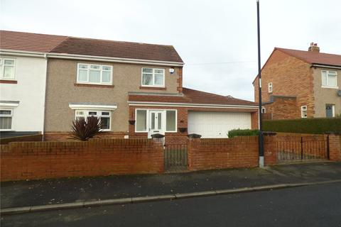 3 bedroom semi-detached house for sale - Balmoral Crescent, Houghton Le Spring, Tyne & Wear, DH5