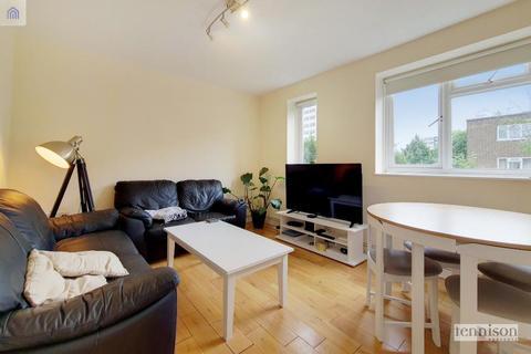 3 bedroom flat to rent - Dagnall Street, Battersea, SW11 5DS