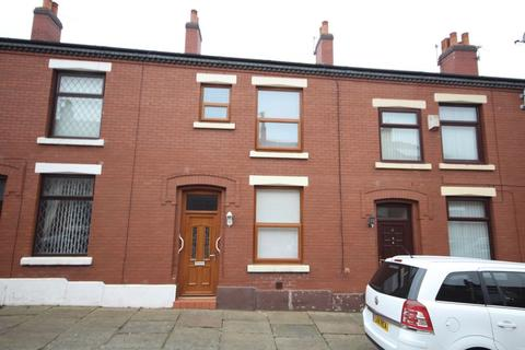 3 bedroom terraced house to rent - CHAUCER STREET, Castleton, Rochdale OL11 2QG