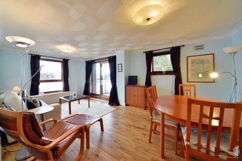 2 bedroom apartment to rent - LURALDA  WHARF, ISLE OF DOGS E14