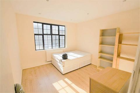 2 bedroom apartment to rent - Mare Street, Hackney