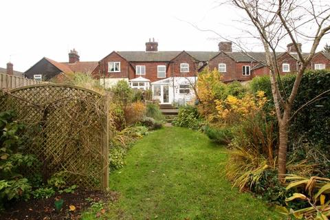 3 bedroom house for sale - Queens Road, Fakenham