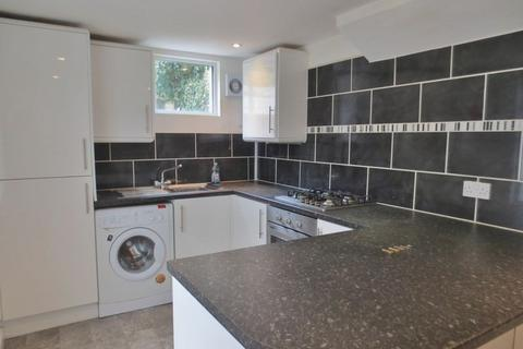4 bedroom terraced house to rent - Carlyle Street, Brighton
