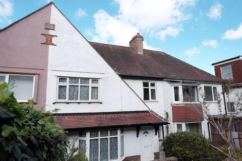 4 bedroom semi-detached house to rent - Widdicombe Way, Brighton