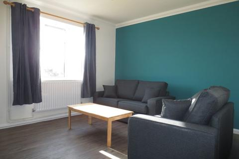 4 bedroom terraced house to rent - Saunders Park View, Brighton