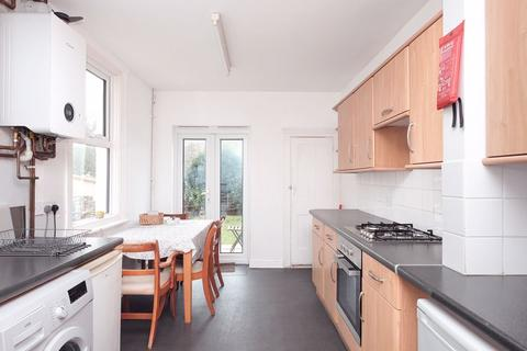 4 bedroom terraced house to rent - Loder Road, Brighton