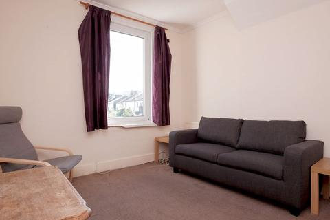 3 bedroom flat to rent - Ditchling Rise, Brighton