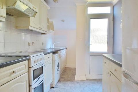 4 bedroom terraced house to rent - Coombe Road, Brighton