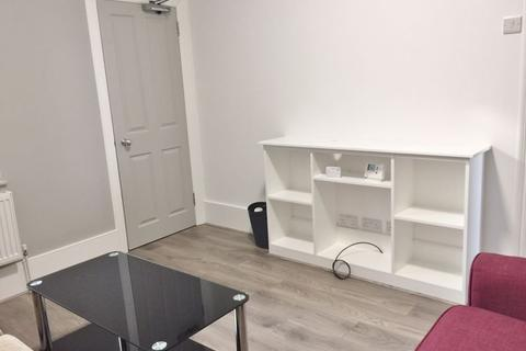 6 bedroom terraced house to rent - Riley Road, Brighton