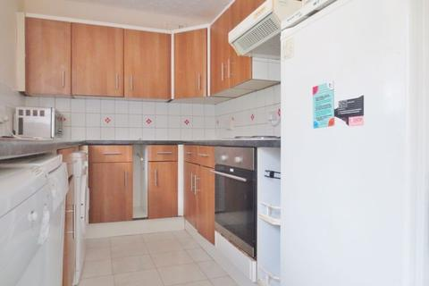 1 bedroom semi-detached house to rent - The Crescent, Brighton