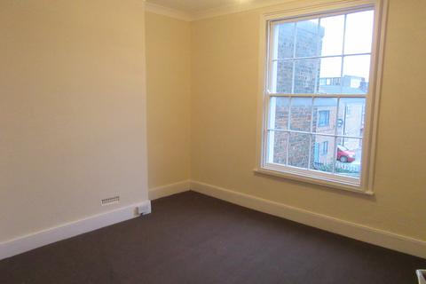 1 bedroom flat to rent - The Crescent, Spalding,