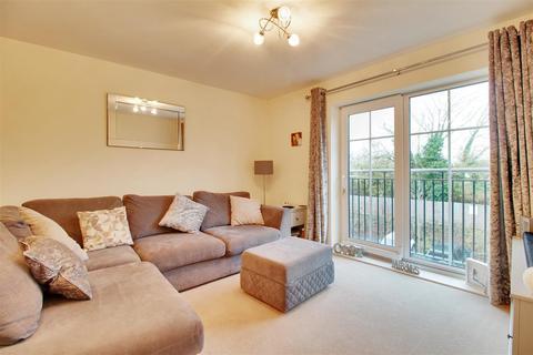 2 bedroom flat for sale - Eden Road, Dunton Green, Sevenoaks
