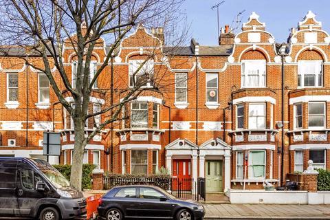 2 bedroom flat for sale - Prince Of Wales Drive, Battersea, London, SW11