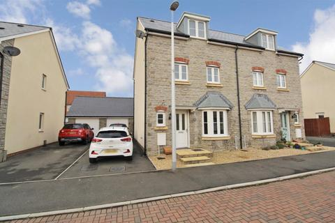 4 bedroom townhouse for sale - Cherry Crescent, Penllergaer, Swansea
