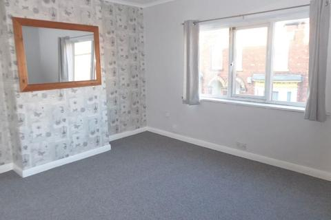 2 bedroom flat to rent - Mill Road, Cleethorpes