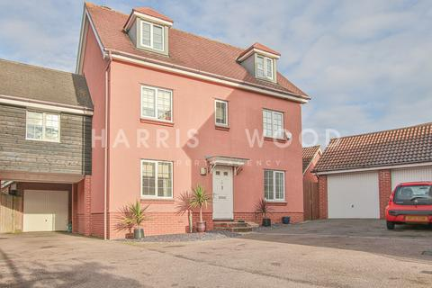 5 bedroom link detached house for sale - Dickenson Road, Colchester, CO4