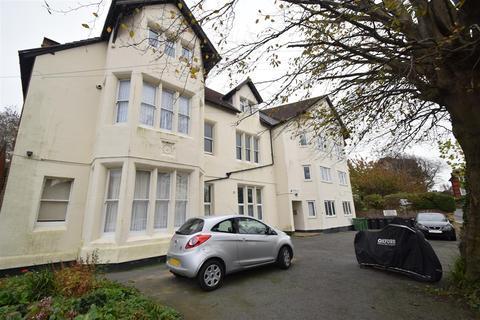 1 bedroom flat to rent - Lamorna court, De Cham Road, St. Leonards-On-Sea
