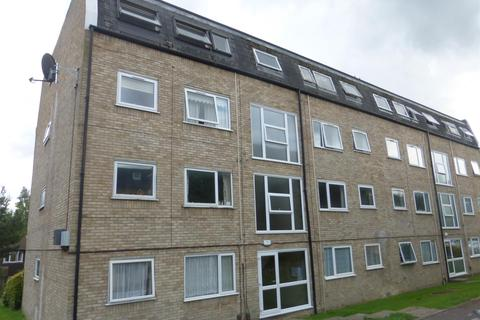 2 bedroom flat to rent - Falcon Court Ware Herts