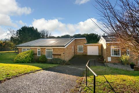 3 bedroom detached bungalow for sale - Beech Hill Court, Berkhamsted