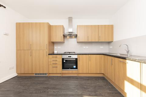 2 bedroom flat to rent - West Hill, SW18
