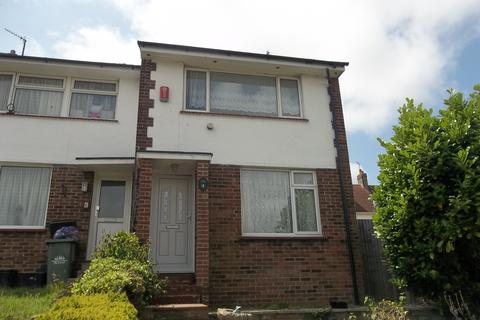 3 bedroom end of terrace house to rent - Dean Close, Portslade