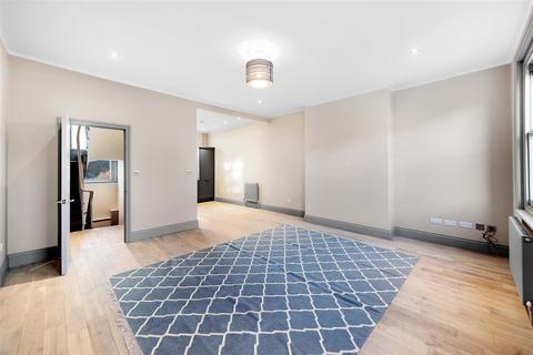 2 bedroom flat to rent - Roehampton High Street, SW15