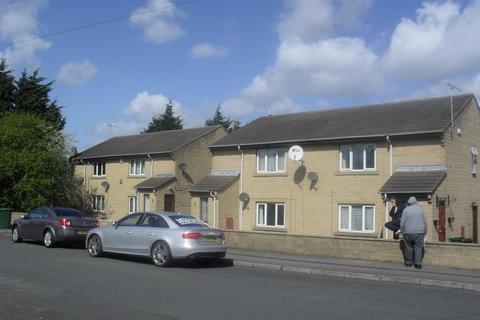 1 bedroom flat to rent -  Coates Terrace,  Bradford, BD5