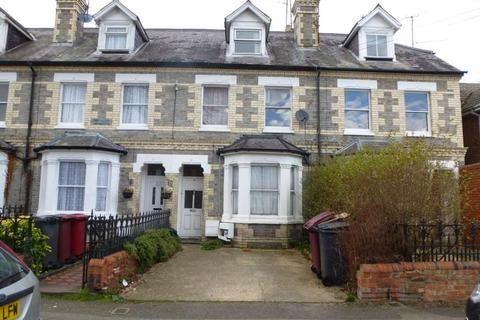 3 bedroom flat to rent - Junction Road, Reading