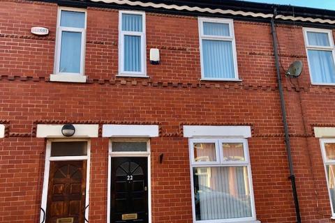 3 bedroom terraced house to rent - Mackenzie Road , Salford  M7