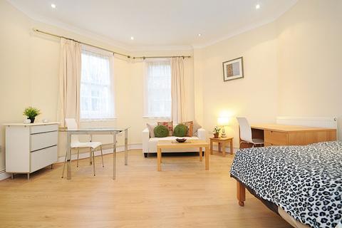 Studio to rent - Gloucester Gardens, Bayswater, London W2