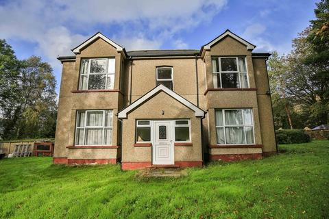 5 bedroom detached house for sale - Gelli Crug Lane, Abertillery, Gwent, NP13