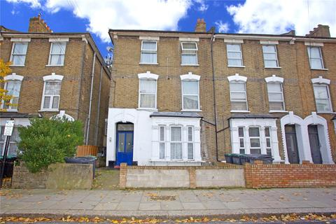 2 bedroom semi-detached house for sale - Ruskin Road, London, N17