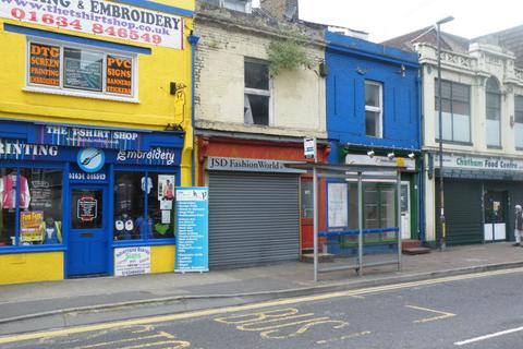 Shop to rent - Luton Road, Chatham, ME4