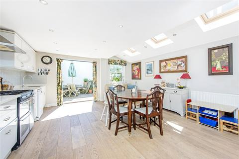 4 bedroom terraced house to rent - Tennyson Street, Battersea, London, SW8