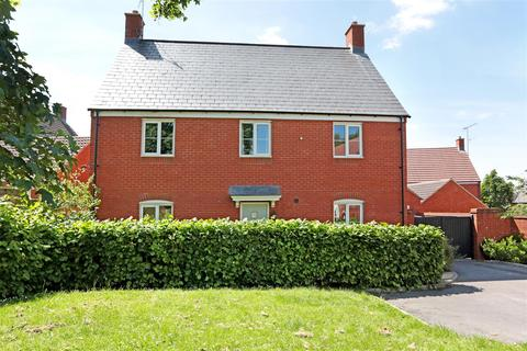 4 bedroom detached house to rent - Silver Road, Pewsey, Wiltshire, SN9