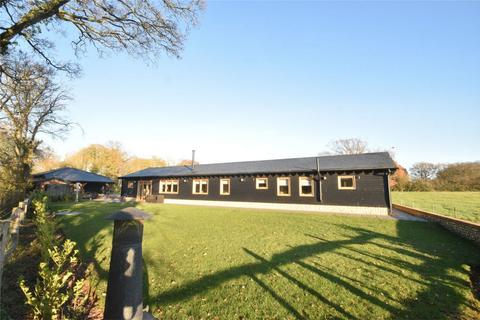 3 bedroom barn conversion for sale - Grafty Green